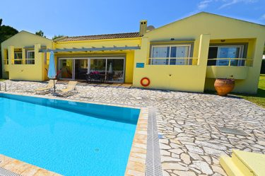 pool-villas-in-corfu-villa-levanda
