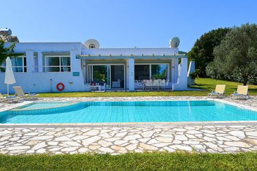 pool-villas-in-corfu-villa-rosemarine